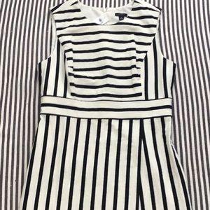 NWT Ann Taylor Sleeveless Sheath Dress